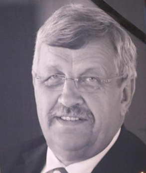 Erinnerungsfoto an Walter Lübcke auf der Trauerfeier